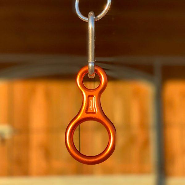 Mousqueton de sécurité Atamē de couleur orange