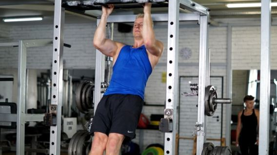 core stability hollowbody pull up