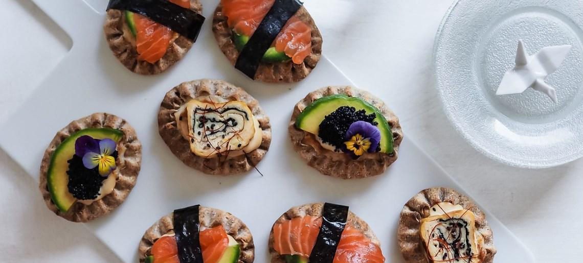 Cocktailpiirakka japanilaisittain aka sushi-riisipiirakat