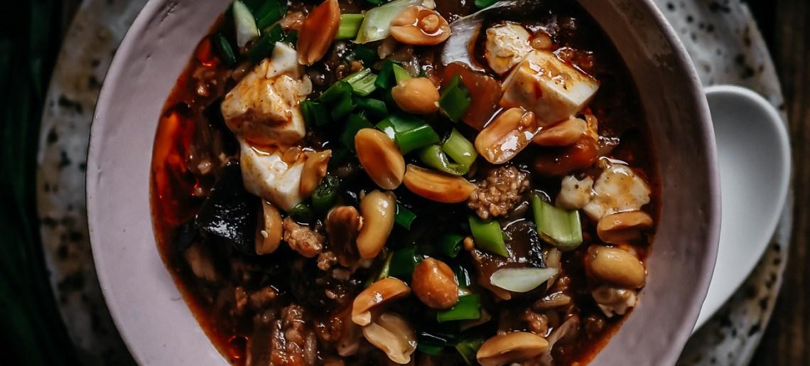 Vegaaninen mapo tofu -pata