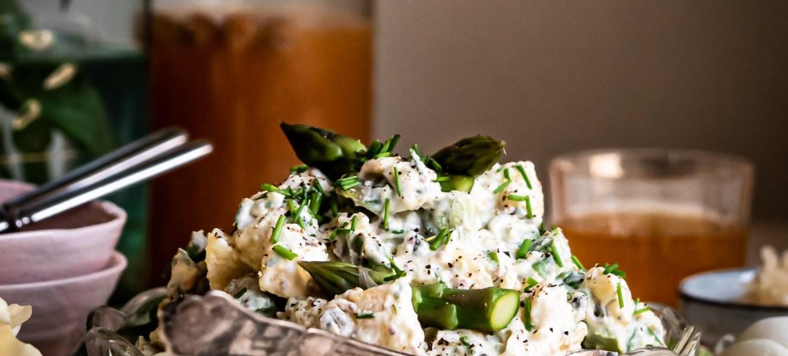 Parsa-perunasalaatti & hapankaalikastike