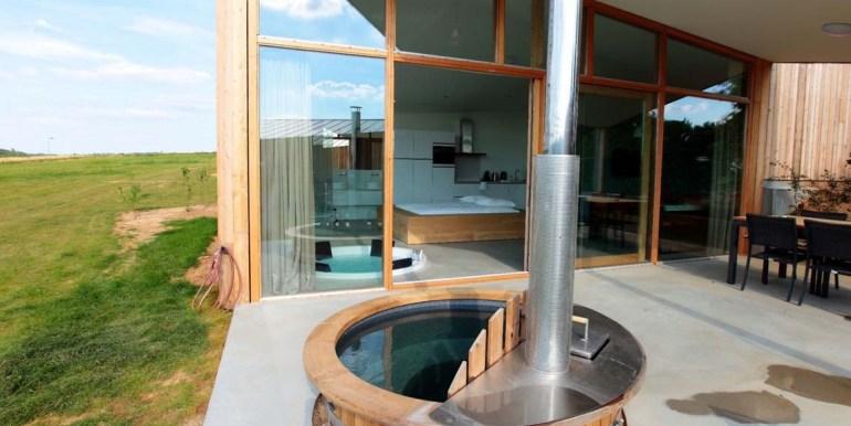 Natuurloft® Water met hottub en jacuzzi Landgoed St. Geertruid Limburg 5