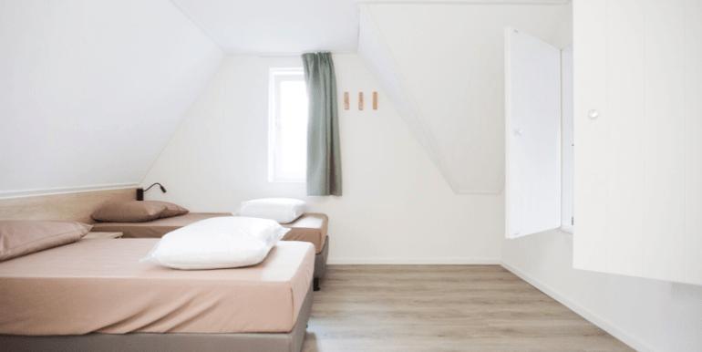 Groepsaccommodatie 24-persoons groot vakantiehuis op de Veluwe IJsvogel Voorthuizen 33