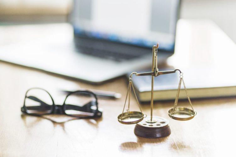 Site web respect du cadre législatif et règlementaire