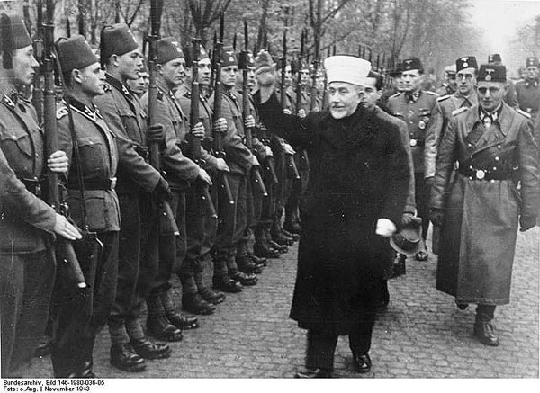 https://i2.wp.com/www.vakras.com/new-left-and-nazism/pics/al-Husayni-Bosnian-SS.jpg