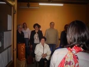 Participation du public à l'initiation du shiatsu