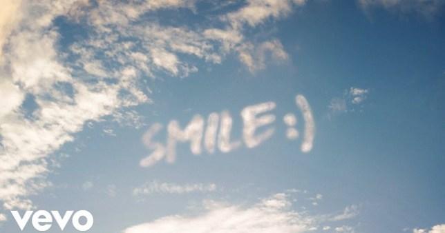 Wizkid ft. H.E.R. – Smile ( Video )