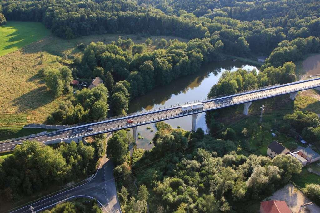 Most Václavice - pohled z výšky Valbek