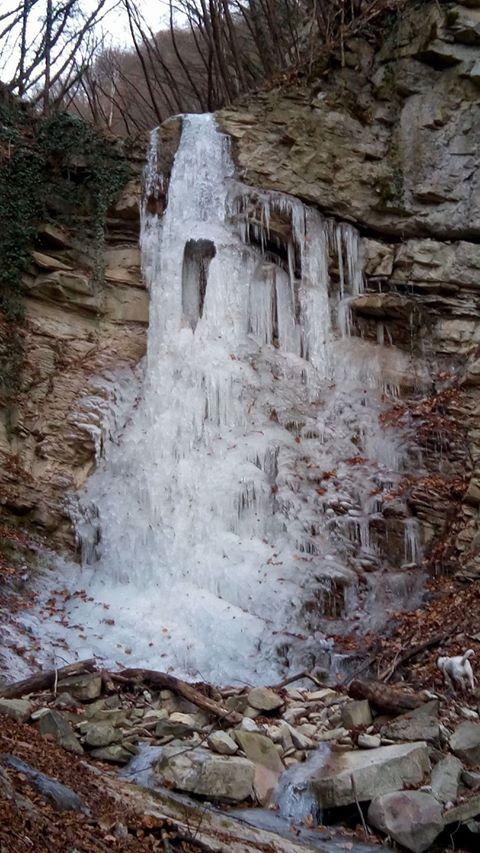 cascata della Golotta Varsi