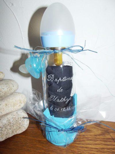 biberon-lapin-gravure-bapteme-prenom-date-bleu-rose