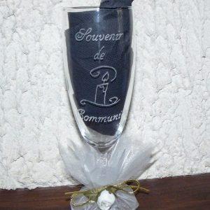flute-bougie-souvenir-communion-tull-rose-blanche
