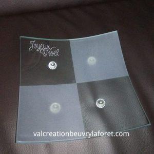 vide-poche-joyeux-noel-verre-plat-assiette-gravure-artisanale-verre-deco-table-bonbon-aperitif