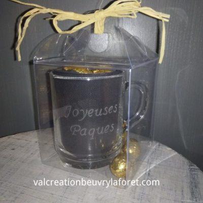 coffret-joyeuses-paques-mug-gravure-oeufs-chocolat