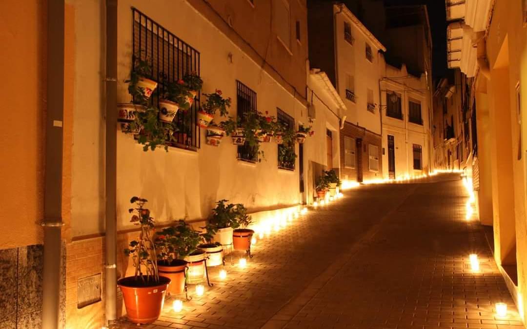 """40.000 velas iluminarán Utiel este fin de semana en """"Utiel, 250 años a las luz de las velas"""""""