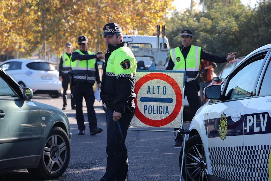 La Policía Local de Valencia inicia hoy una campaña de vigilancia sobre la seguridad en los vehículos