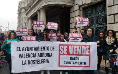 La hostelería, el ocio y el comercio inician una campaña de protesta contra el Ayuntamiento de Valencia