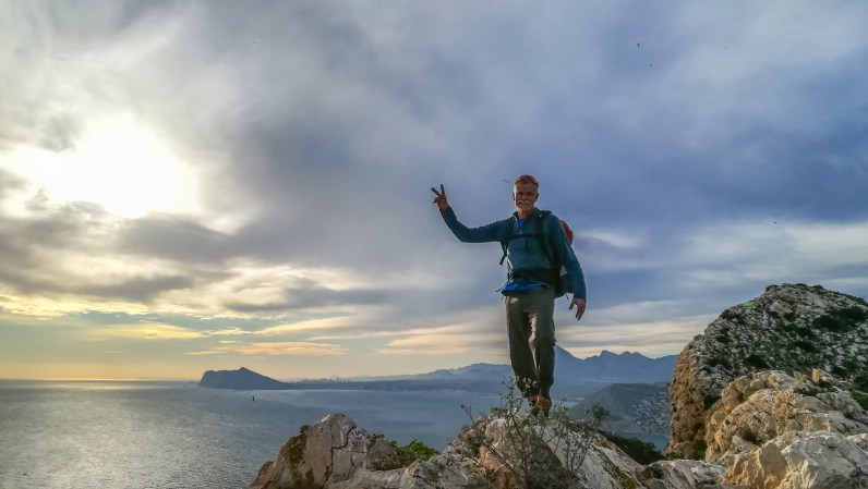 Brent on the top of Peñon d'Ifach after the multi-pitch route Diedro UBSA (Calpe, 2017).