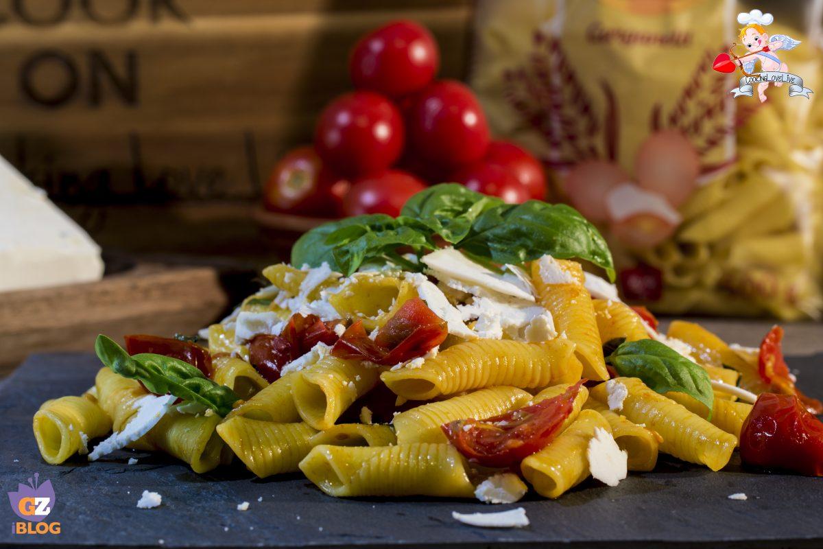Garganelli pomodorini basilico e ricotta salata