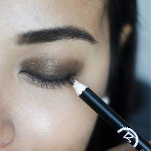 Come fare uno smokey eyes leggero da giorno – Valentina Lombardi