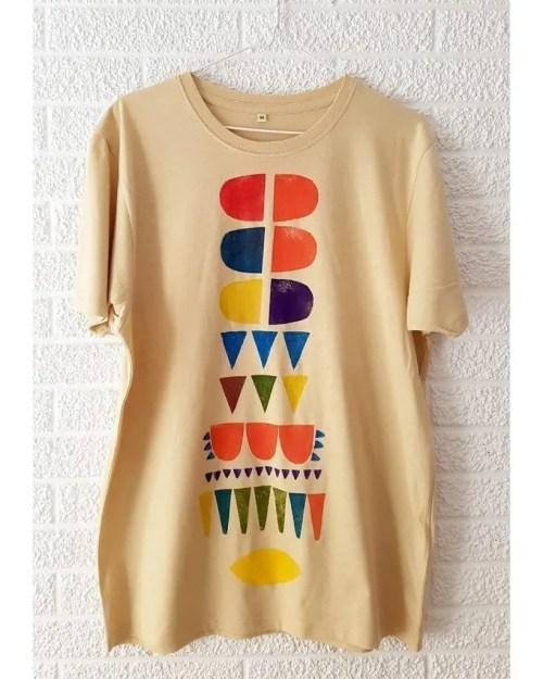 Camisetas de algodon multicolor _Hand printed organic cotton t-shirts