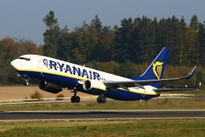 Ryanair_aereo_al_decollo