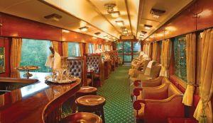 Shongogolo_interni_treno_sud_africa