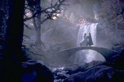 Primeiro encontro entre Arwen e Aragorn mais jovem.