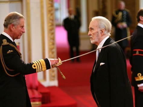 Sir-Christopher-Lee-recei-001