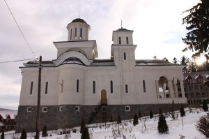manastirea-caraiman-07