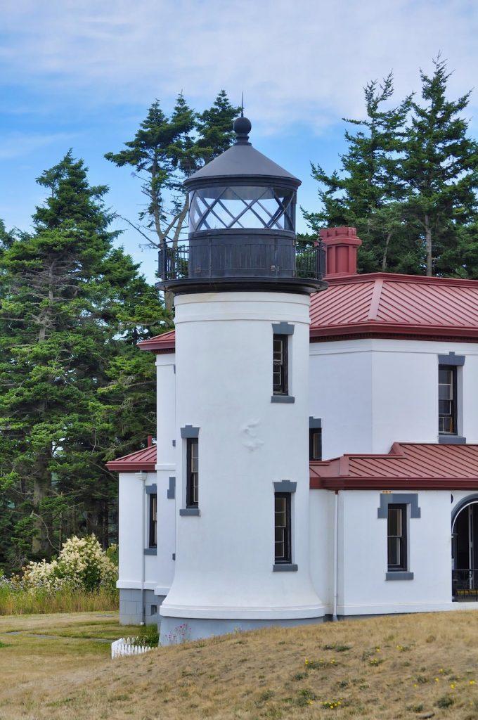 Washington Coast Road Trip - Whidbey Island Lighthouse