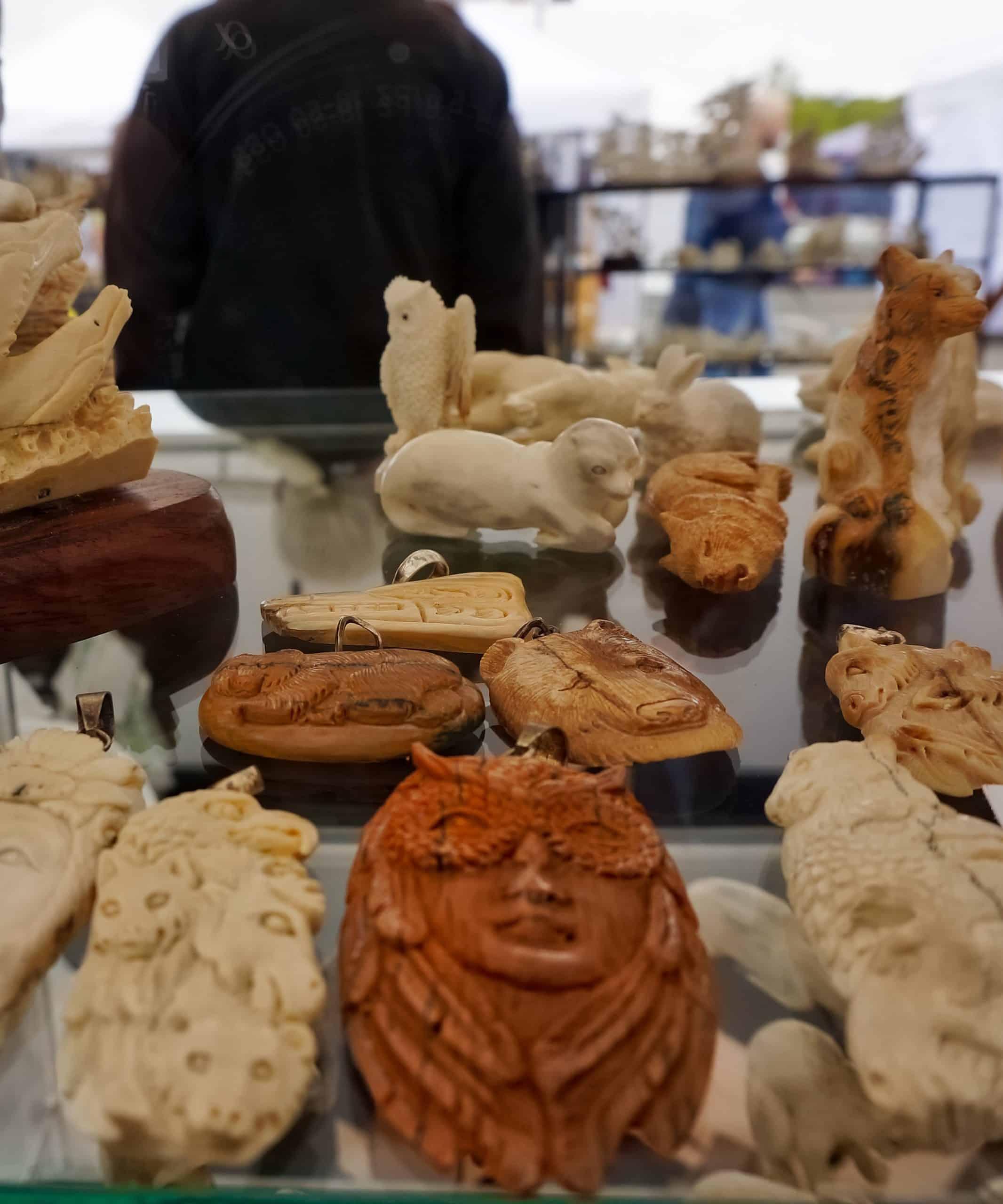 Anchorage Market Souvenirs - Carvings