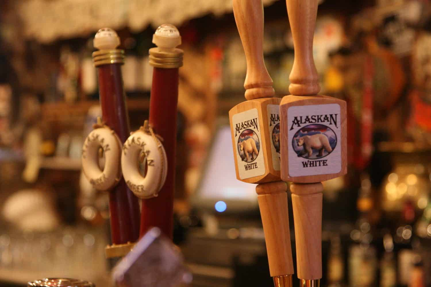 Juneau Cruise Excursions - Alaskan beer - Roger Mommaerts via Flickr