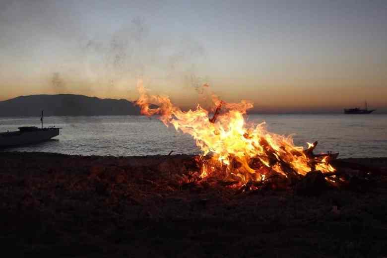 Ketchikan Beach Bonfire