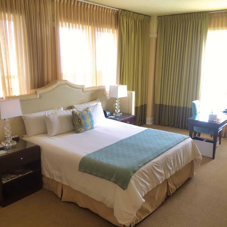 Portland Weekend - Hotel deLuxe Room
