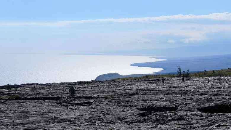 Hawaii Volcanoes - Mauna Ulu Lava Flow - Robert Linsdell via Flickr