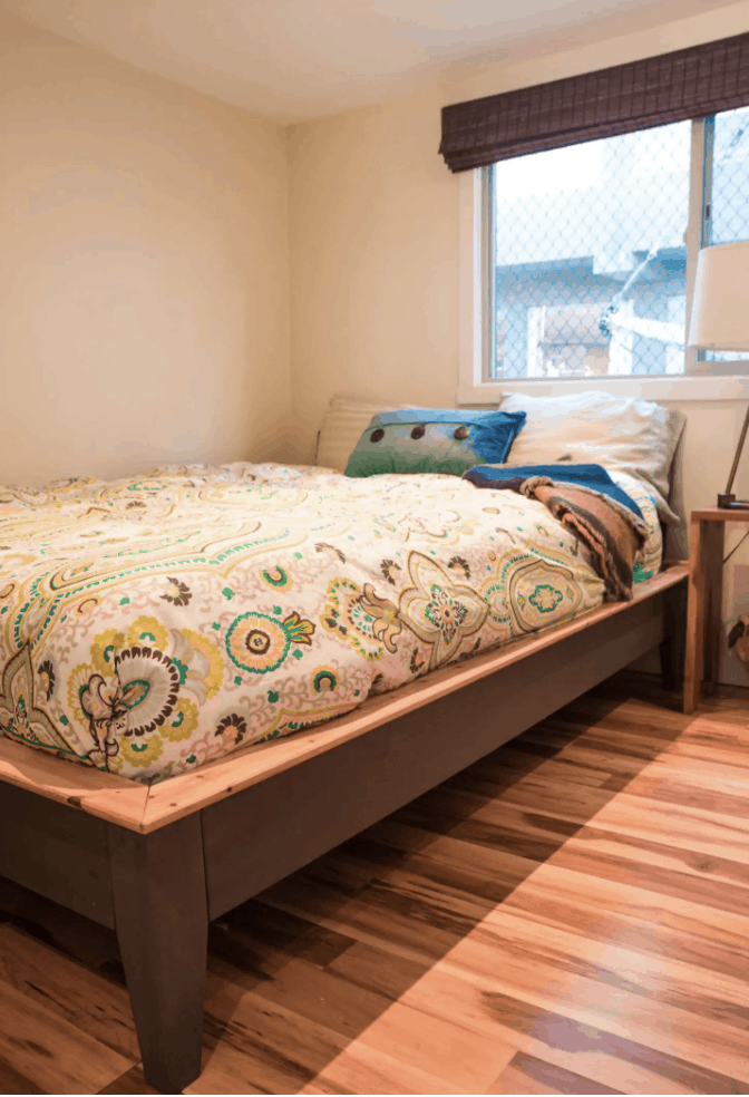 Seattle Airbnb Houseboats - Delightful Houseboat
