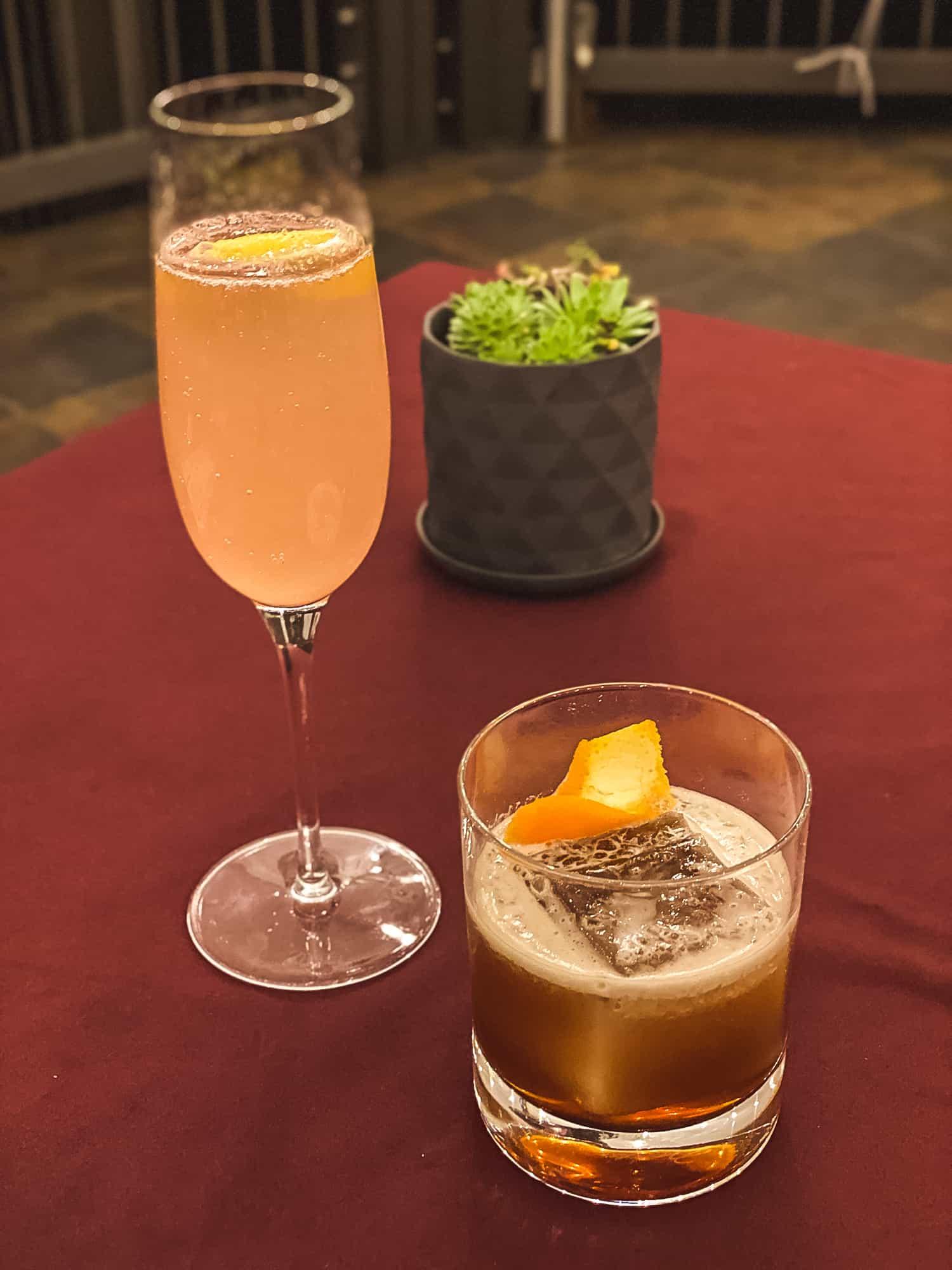 Noyo Harbor Inn - Cocktails