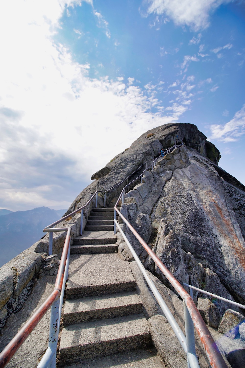One Day in Sequoia - Moro Rock Stairs
