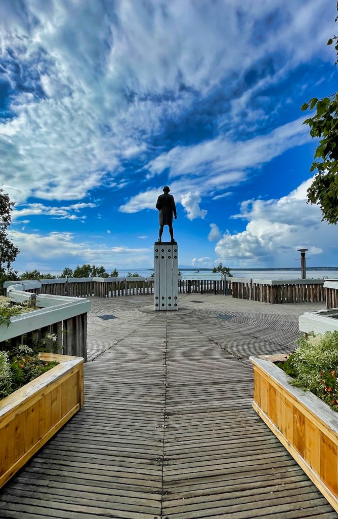 John Hall's Alaska Review - Day 7 - Downtown Anchorage - Resolution Park