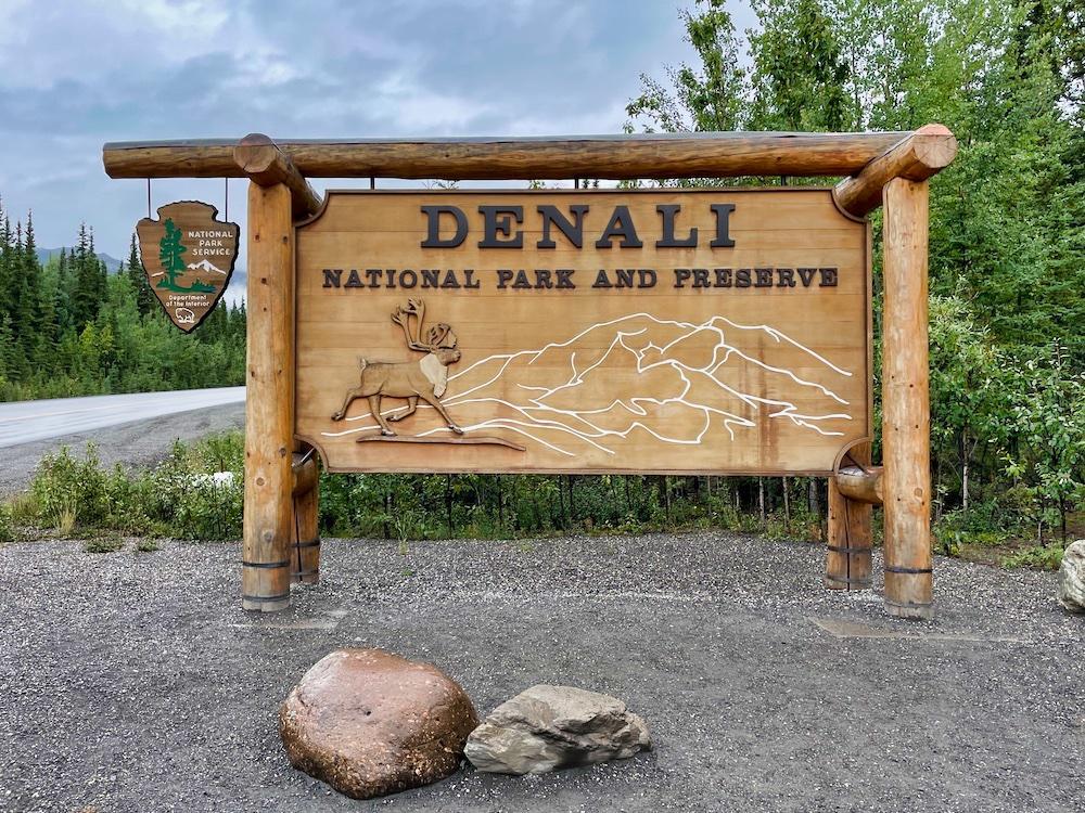 Denali National Park Itinerary - Visiting the Park Sign