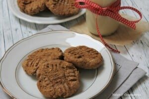 best molasses cookies ever, vegan, whole wheat, low fat, they're chewy and tasty