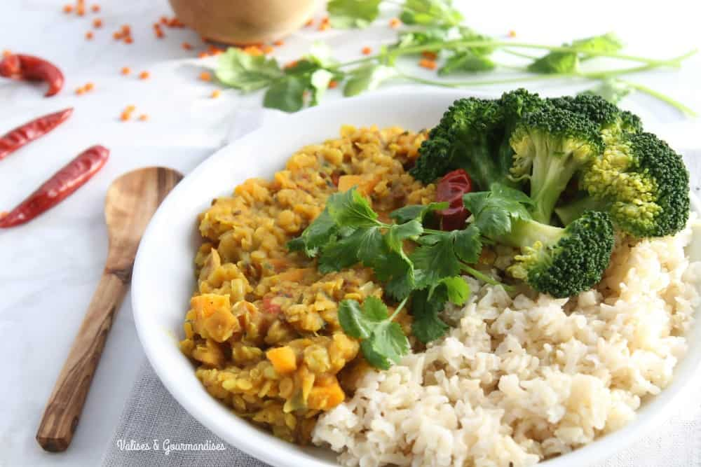 This healthy red lentil dal is an easy & delicious way to include more beans into your diet. The addition of sweet potato & leek gives it another dimension!