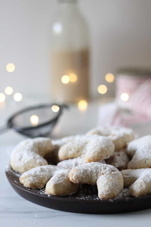 Vegan Vanillekipferl German Vanilla Crescent Cookies Valises