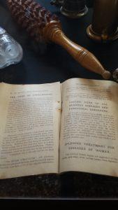 ll libretto di istruzioni di un vibratore d'epoca