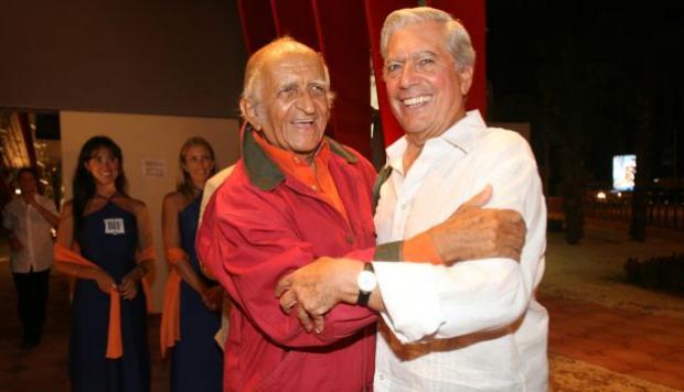 De Szyszlo con Vargas Llosa.