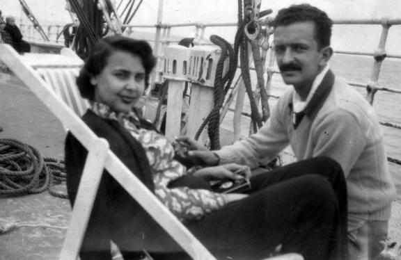 rumbo a europa en 1949 barco ingles reina del pacifico Foto autor desconocido  Archivo Blanca Varela