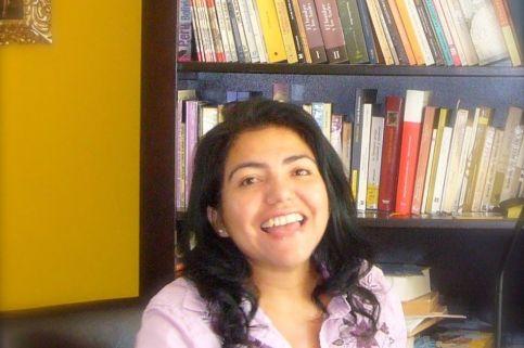La poeta, narradora y ensayista Ofelia Huamanchumo.