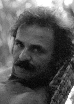 El poeta Raúl Gómez Jattin