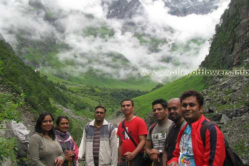 Group which started on 29th July, 2012 : on the way to valley of Flowers. This day we went up to 11 kilometers inside the valley of flowers.