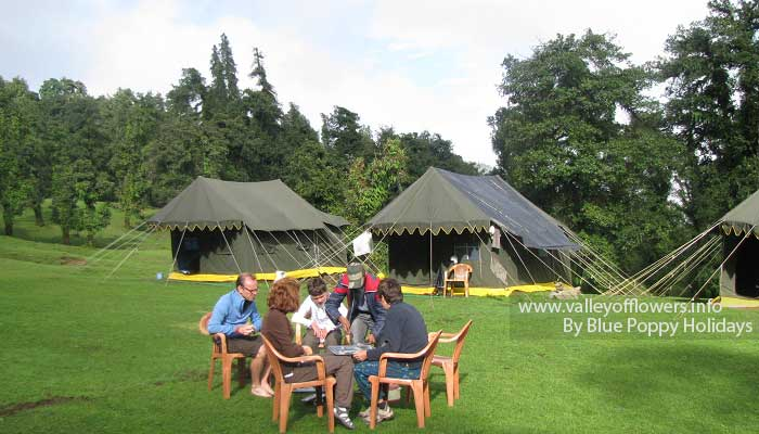 Groups members having breakfast near Swiss Tents at Chopta.